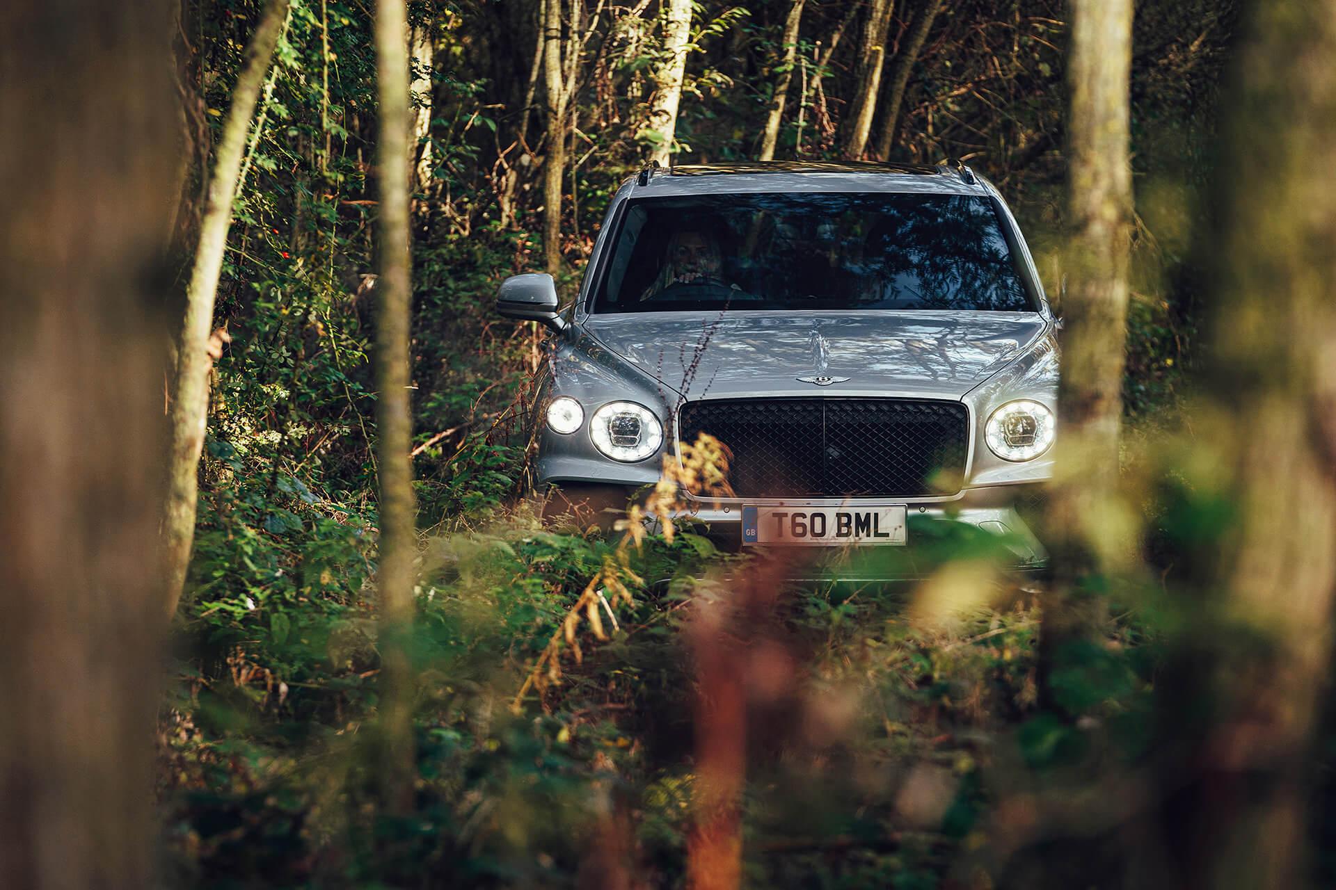 """Bentley Bentayga - Βραβείο """"Luxury SUV της Χρονιάς"""""""