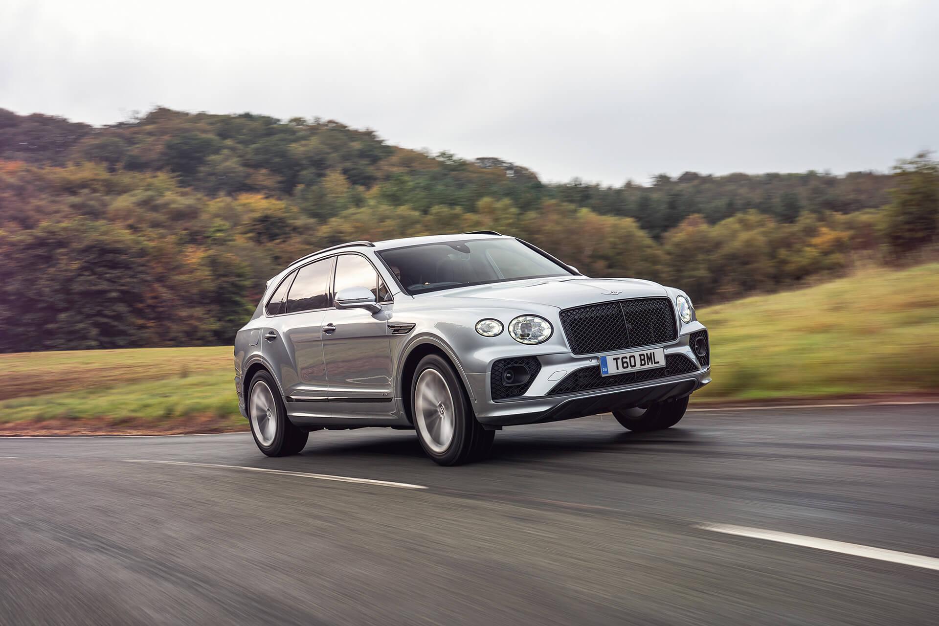 """Η Bentley Bentayga βραβεύεται ως """"Luxury SUV της Χρονιάς"""""""