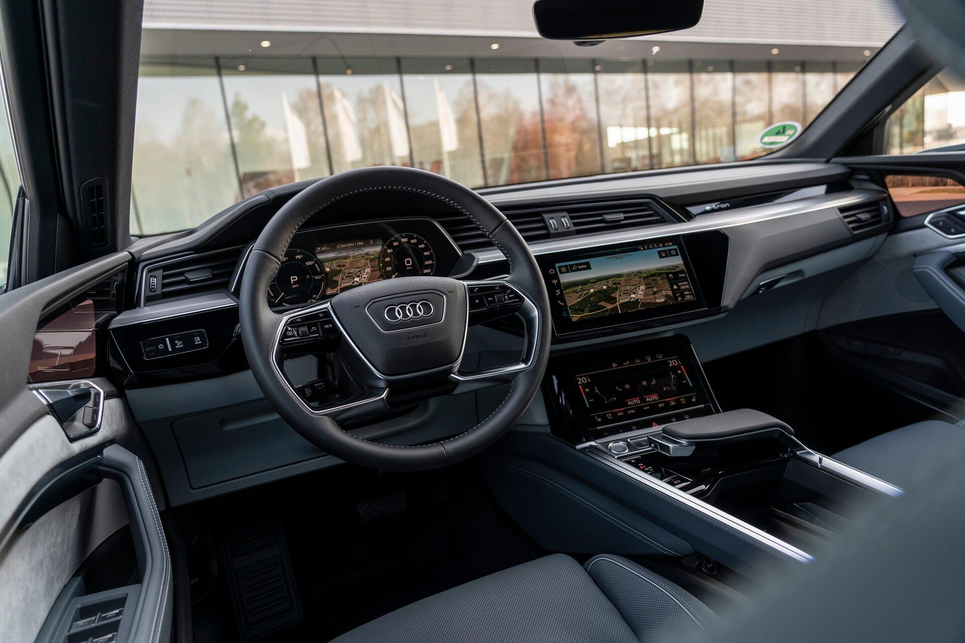 Audi e-tron - Εσωτερικό