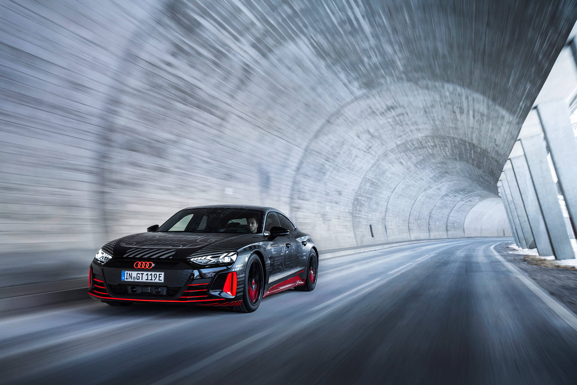 Audi e-tron GT εν κινήσει