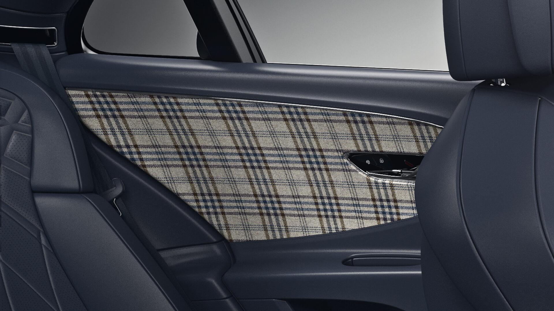 Bentley - Επιλογή tweed (τουΐντ) επενδύσεων για το εσωτερικό