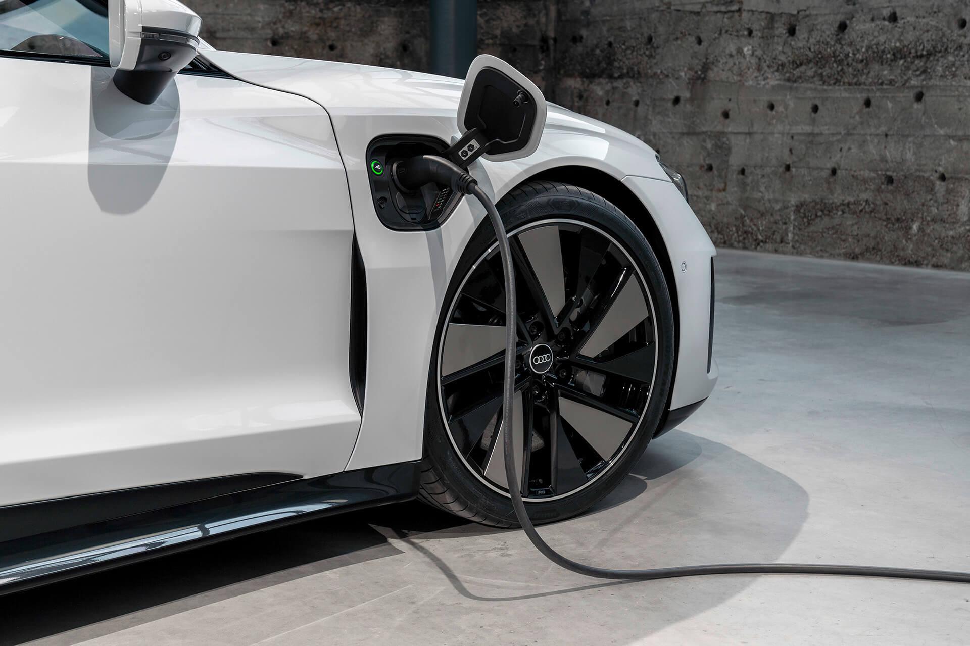 Audi e-tron GT - Φόρτιση