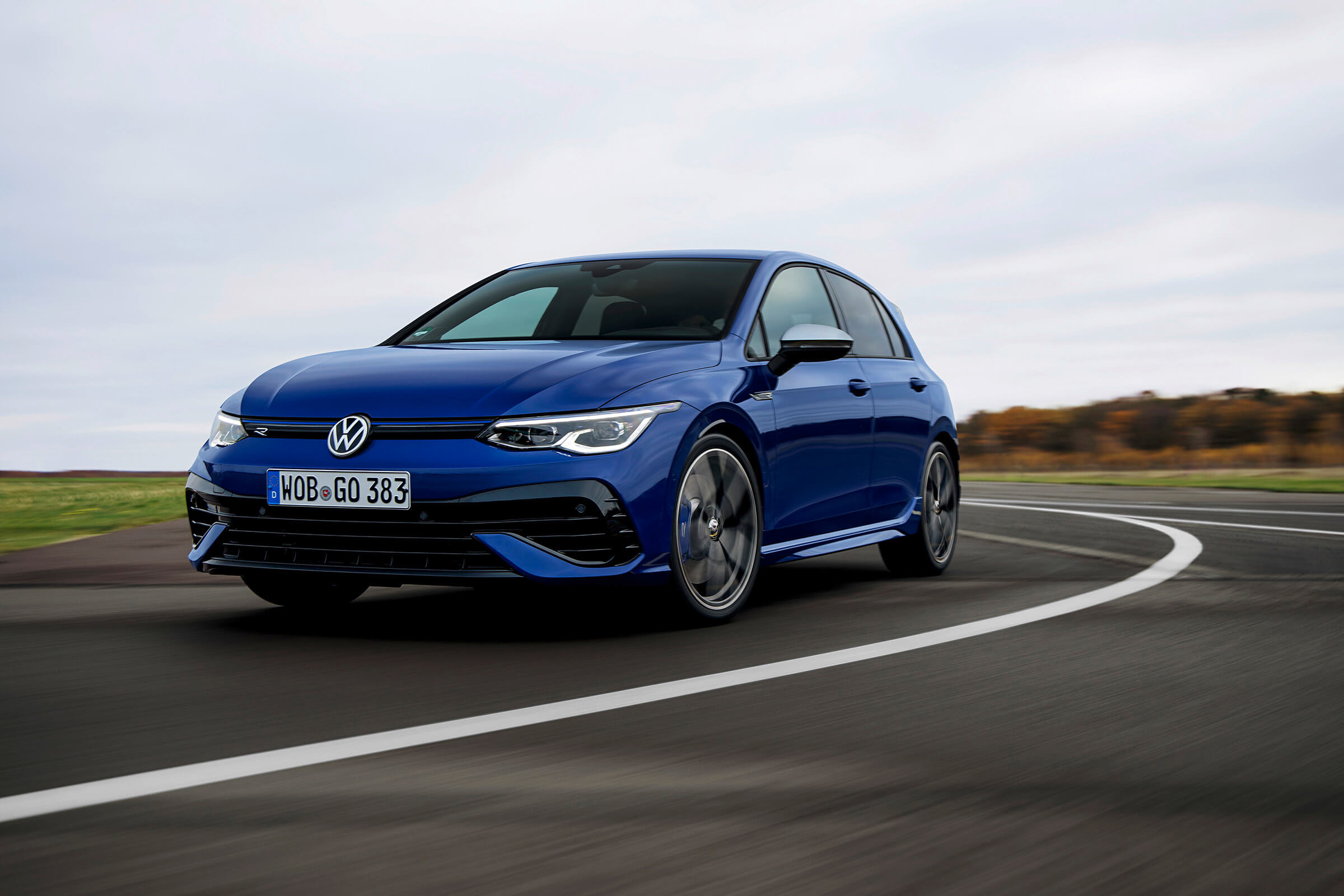 VOLKSWAGEN 4MOTION - GOLF R
