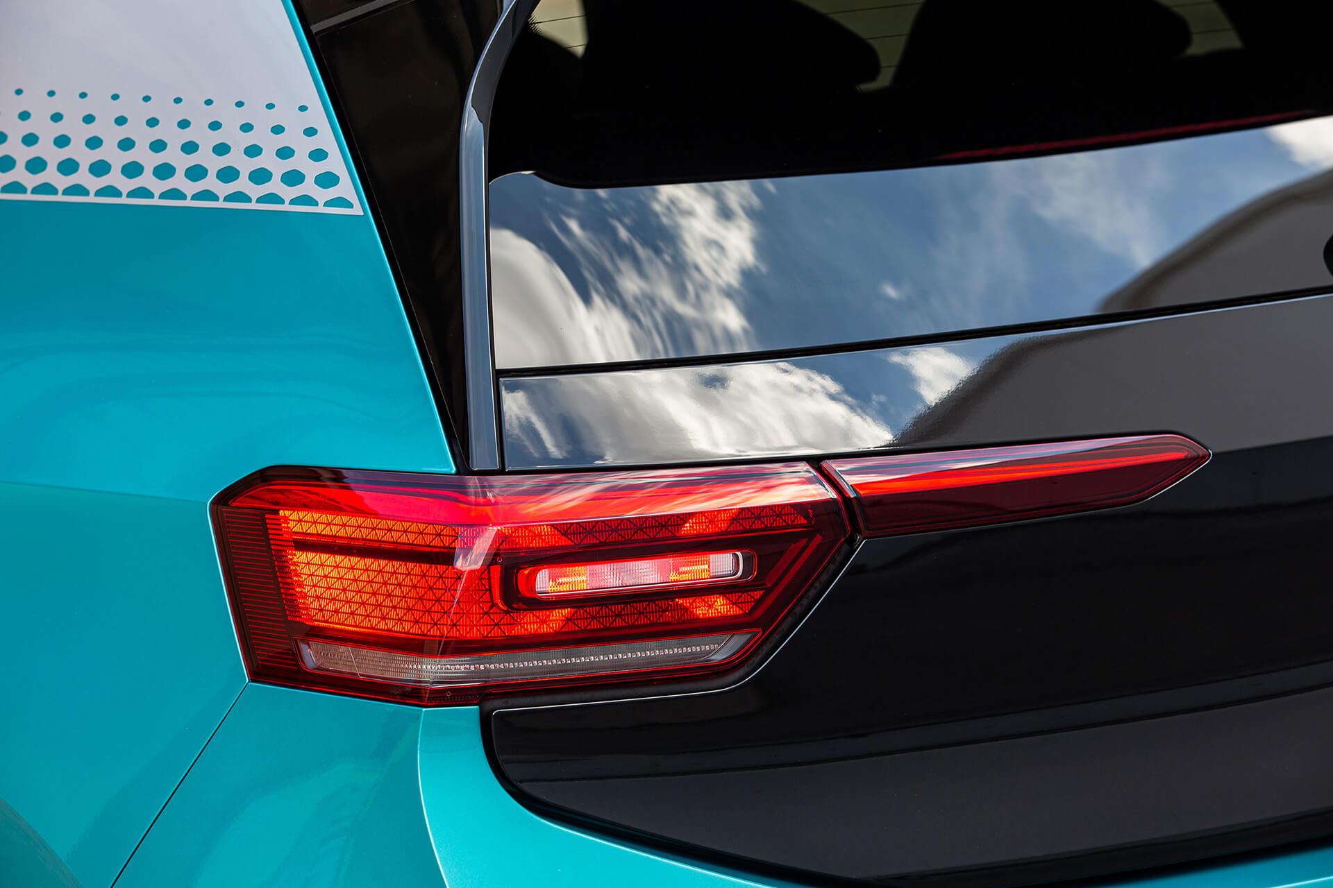 VW ID.3 - Πϊψω φώτα LED