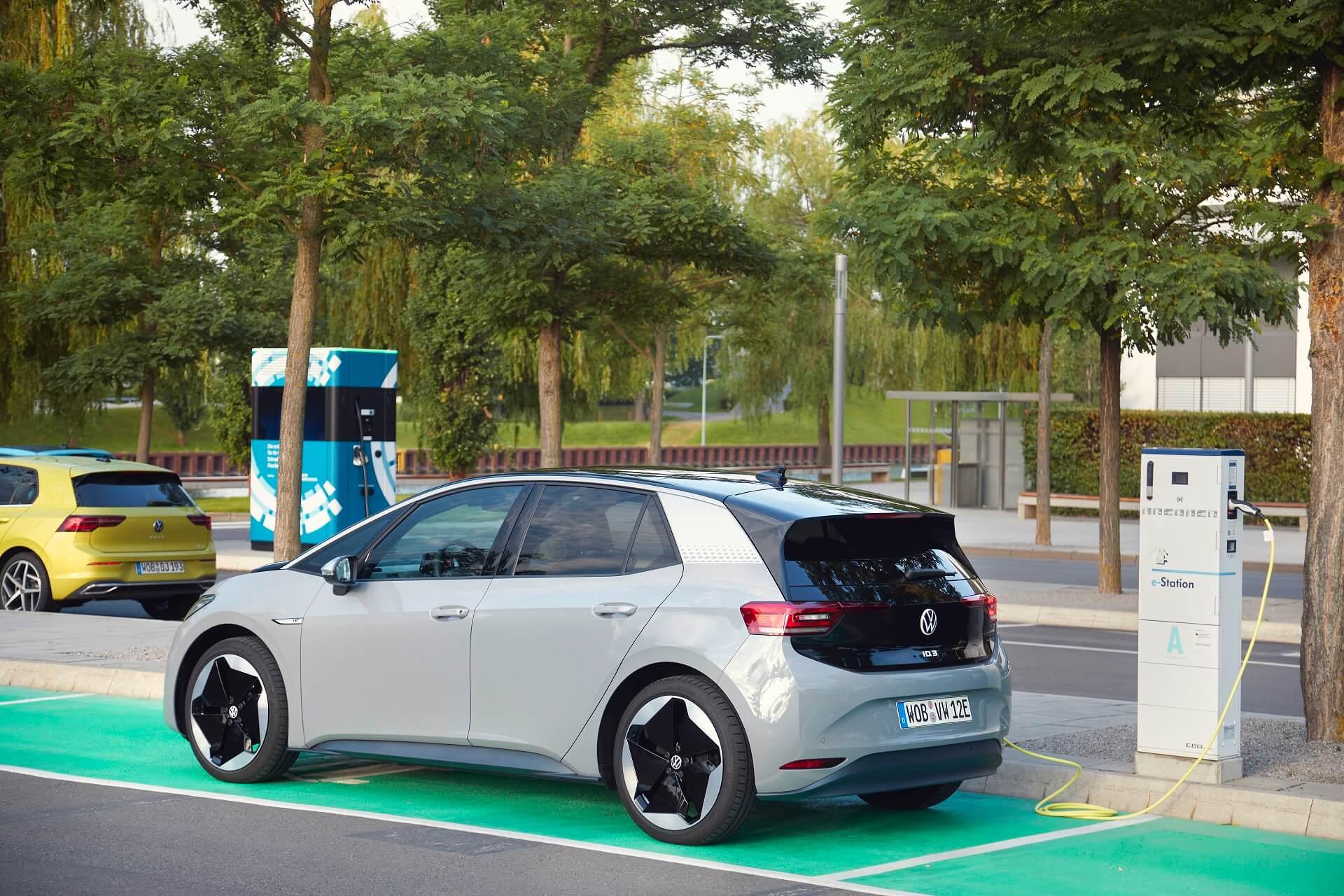 VW ID.3 - Φόρτιση στον αυτοκινητόδρομο