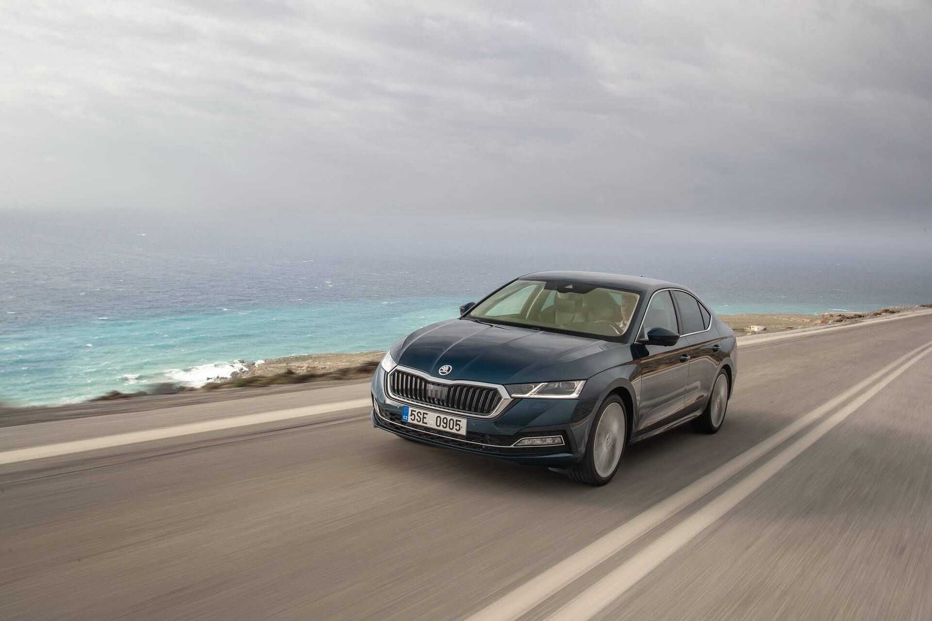 SKODA OCTAVIA - Νέο Αυτοκίνητο της Χρονιάς για το 2020 - Auto Express