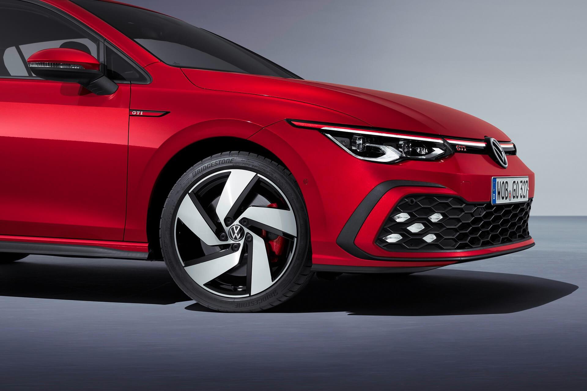 Νέο Volkswagen Golf GTI - Εμπρός πλάγια όψη