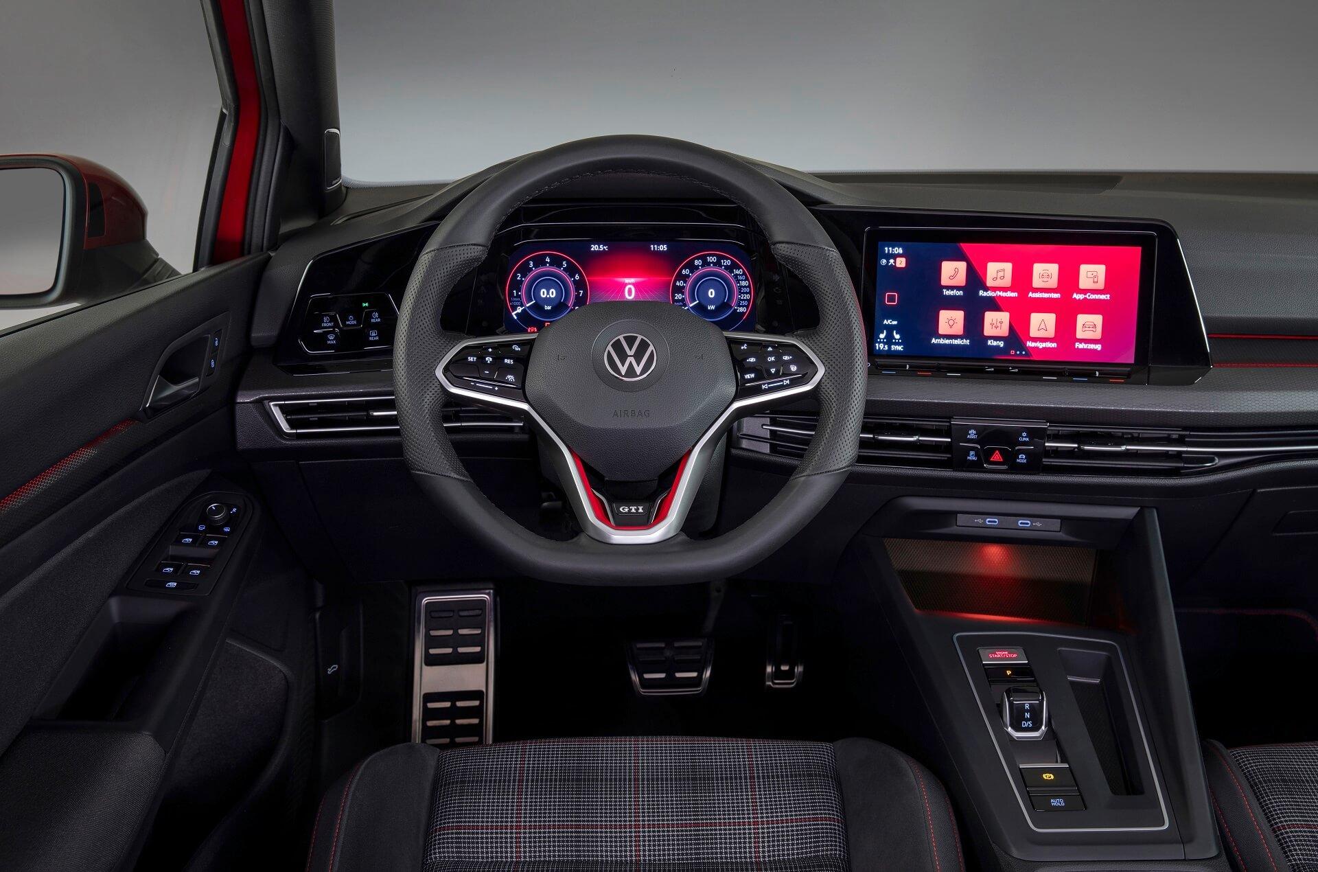 Νέο Volkswagen Golf GTE - Εσωτερικό με Digital Cockpit και σύστημα πολυμέσων με ειδικό GTE-μενού
