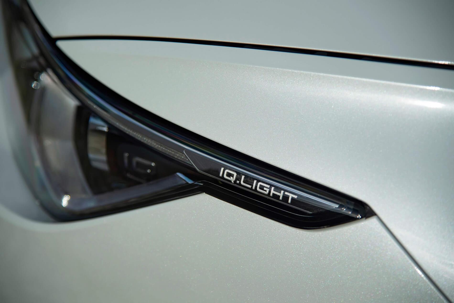Σύστημα IQ.LIGHT με προβολείς LED matrix στο νέο Volkswagen Golf