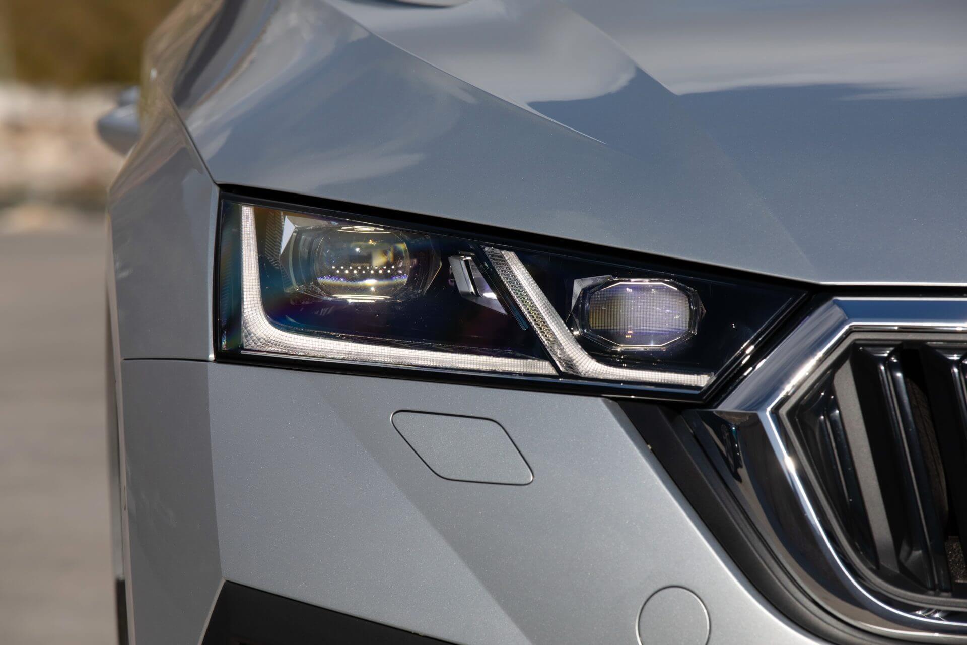 Νέα SKODA Octavia Sportswagon | Φώτα τεχνολογίας LED