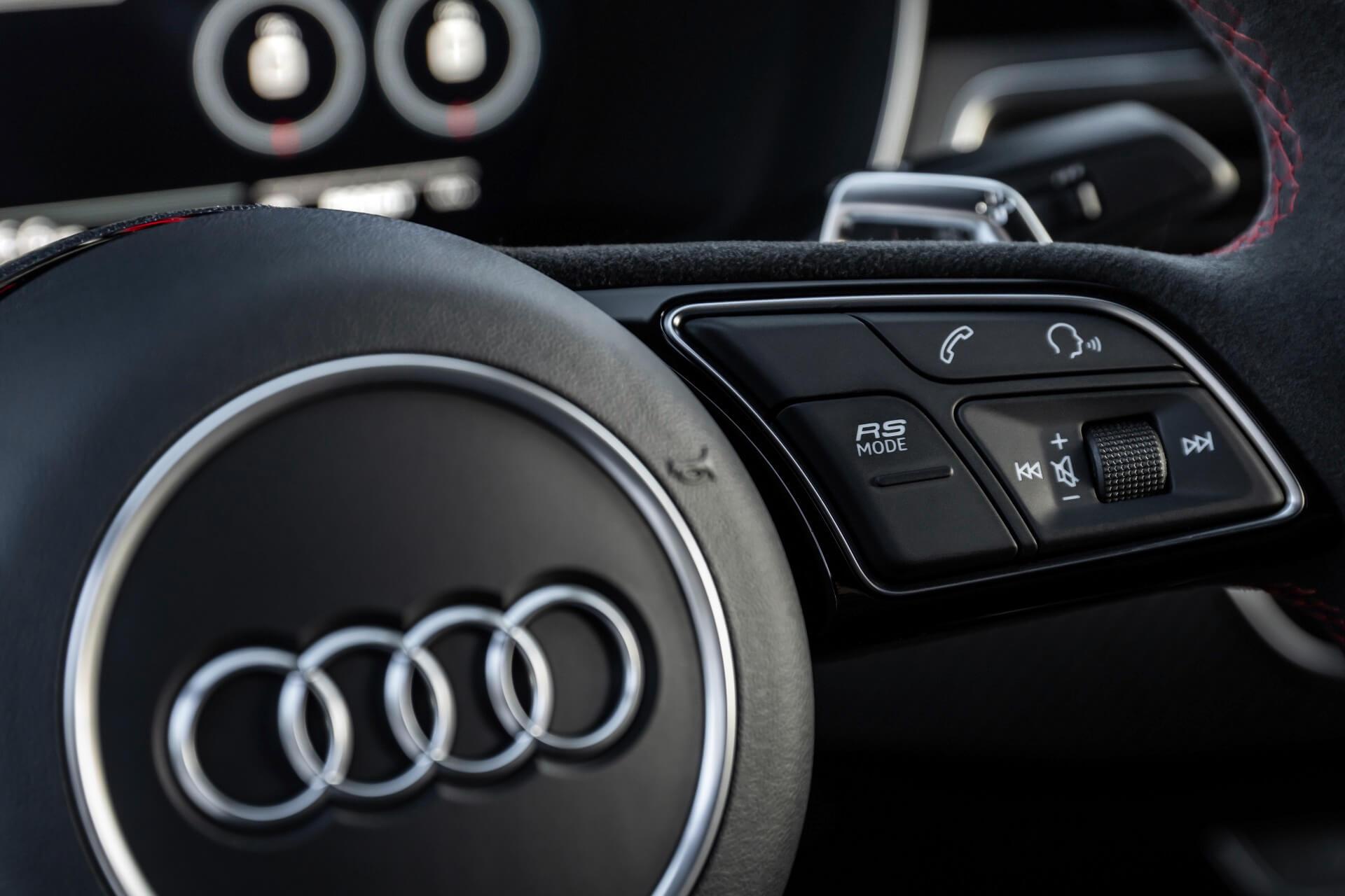Νέο Audi RS 5 - Προφίλ οδήγησης - RS MODE επιλογή στο τιμόνι