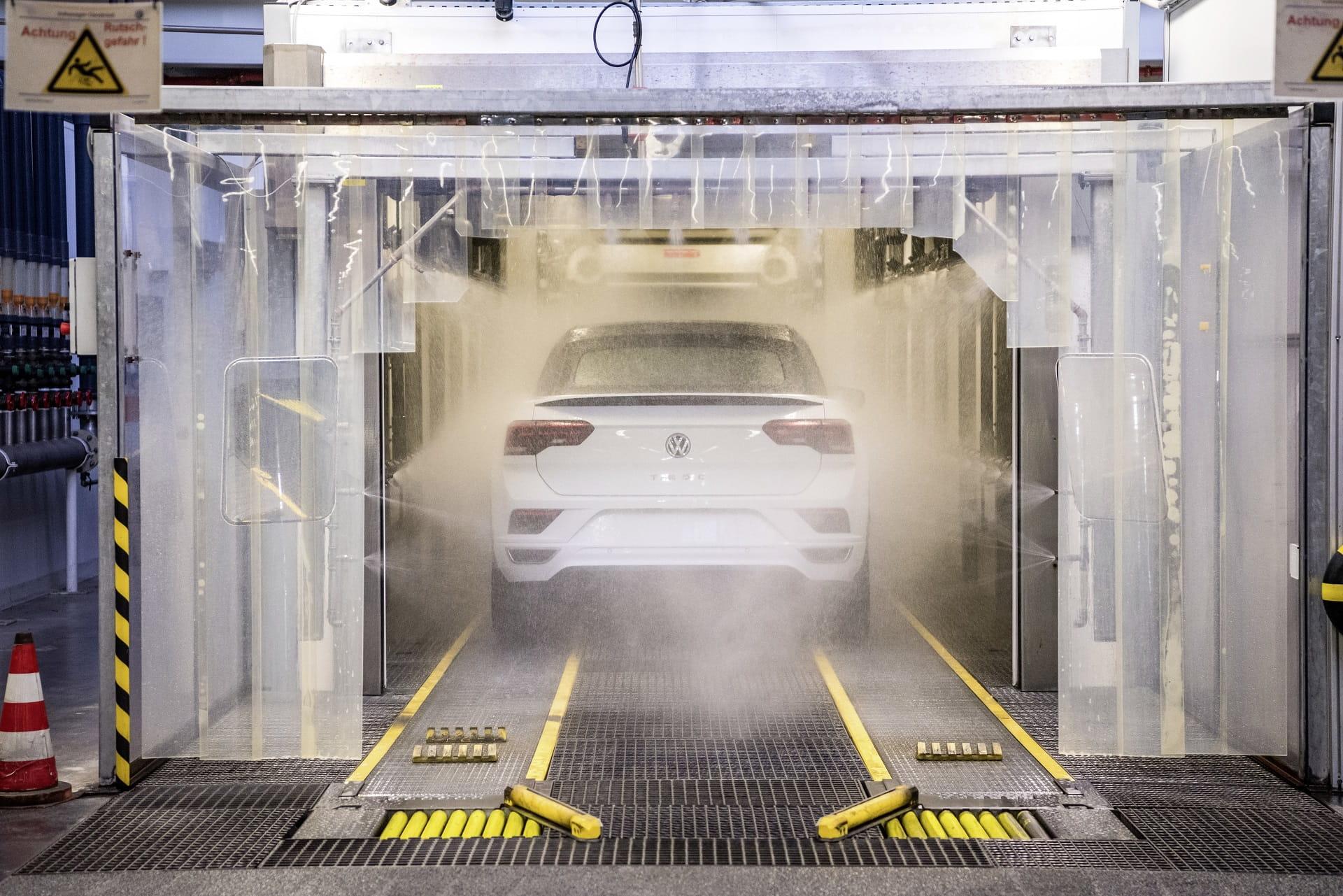 Volkswagen T-ROC Cabriolet  - Δοκιμή στεγανότητας