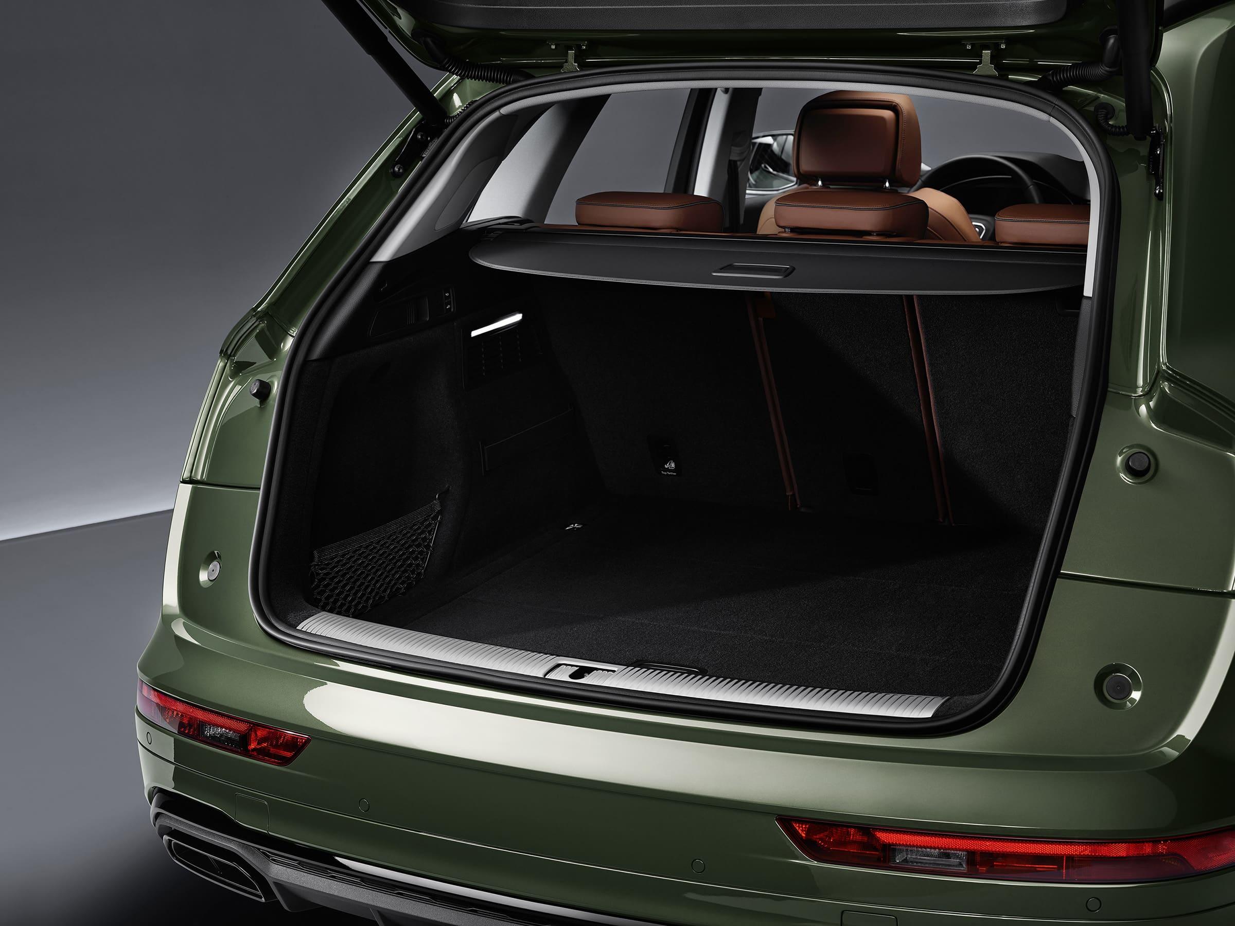 Χώρος αποσκευών Audi Q5