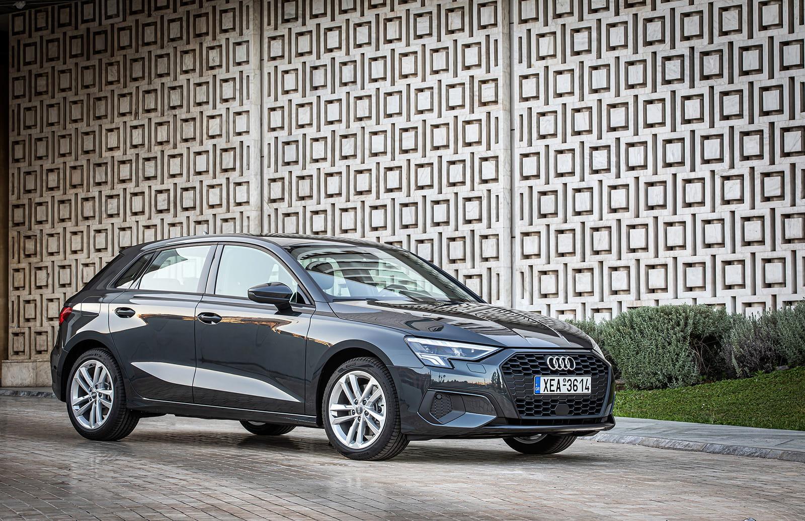 Νέο Audi A3 Sportback σε χρώμα γκρι Manhattan